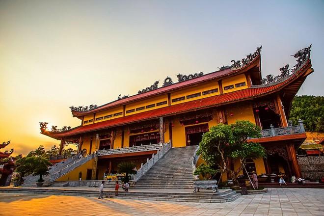 Hình ảnh của Du lịch Chùa Ba Vàng - Yên Tử